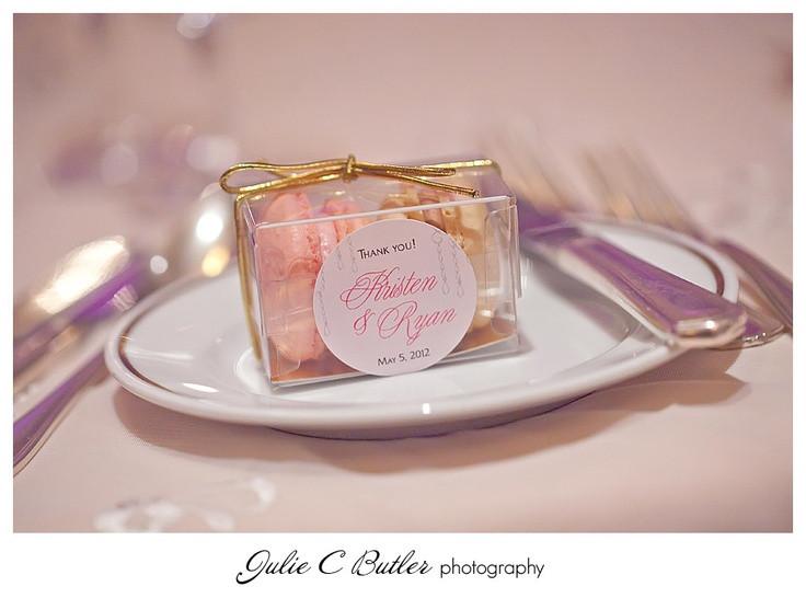 Macaroons Wedding Favors  Best 25 Macaroon wedding favors ideas on Pinterest