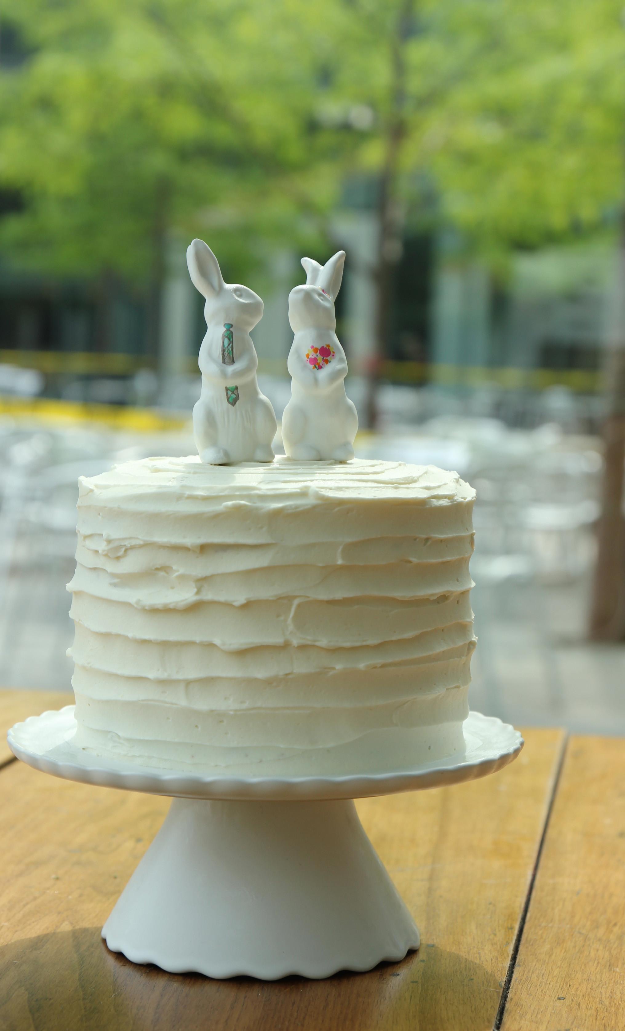Magnolia Bakery Wedding Cakes  DIY Wedding Cake