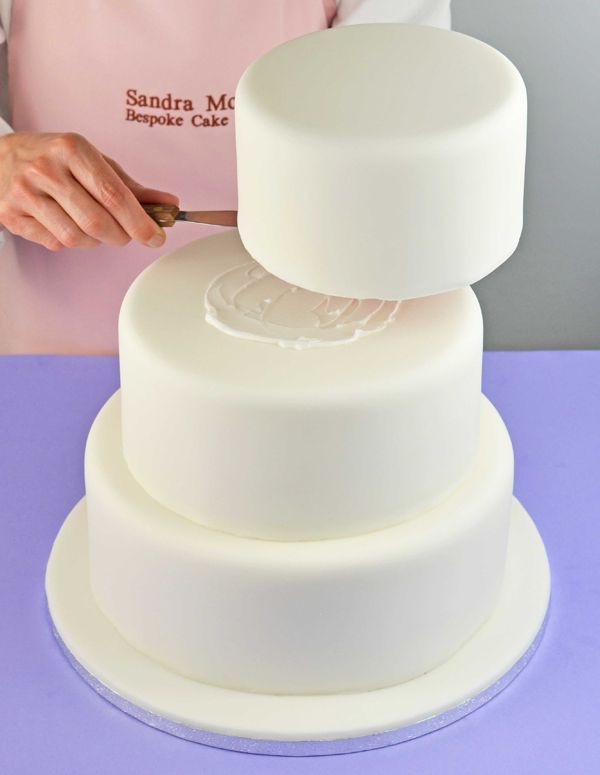 Making Wedding Cakes Beginners  How to bake wedding cake step by step