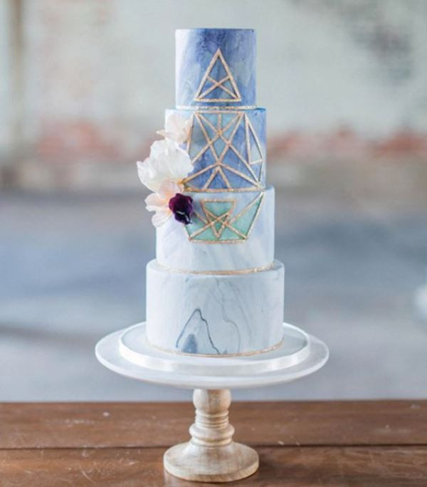 Marble Wedding Cakes  27 Chic And Luxurious Marble Wedding Cakes Weddingomania