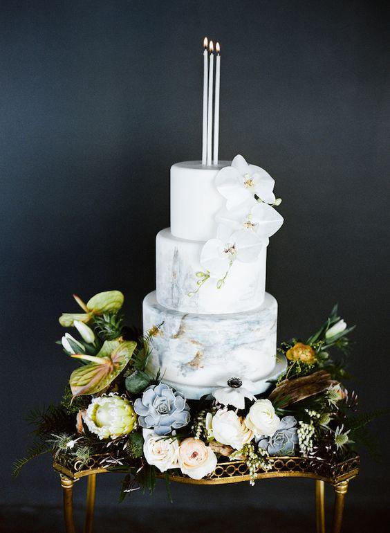 Marble Wedding Cakes  4 Tren st Cake Types And 38 Examples Weddingomania