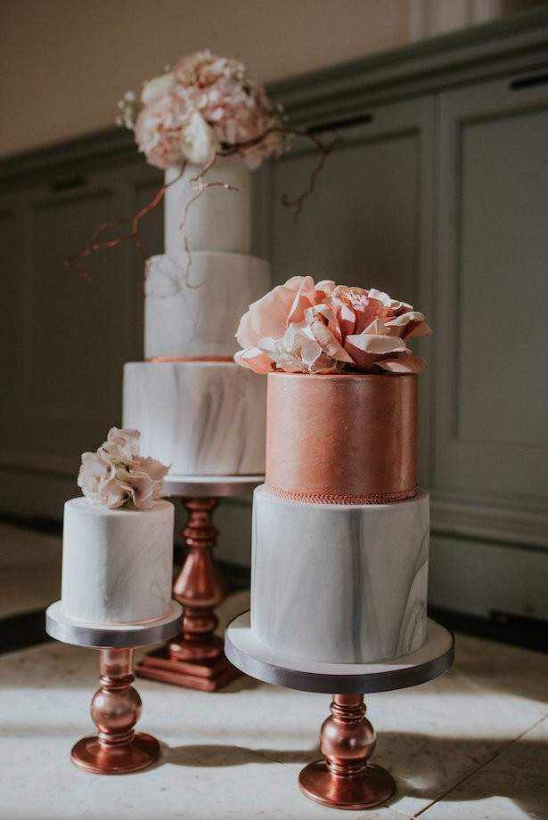 Marble Wedding Cakes  Wedding Trends Marble Wedding Cakes Belle The Magazine