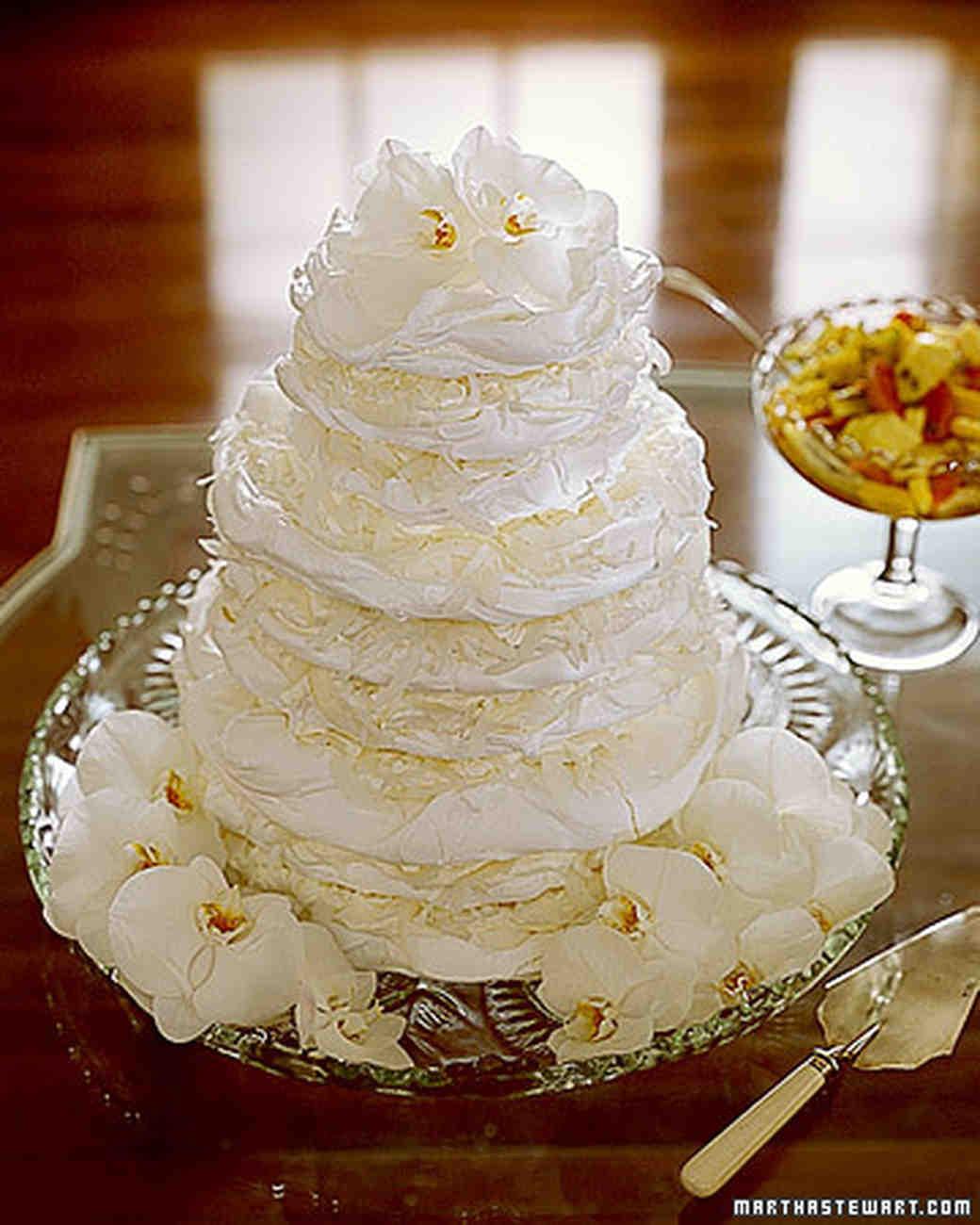 Martha Stewart Wedding Cakes  Meringue Wedding Cakes