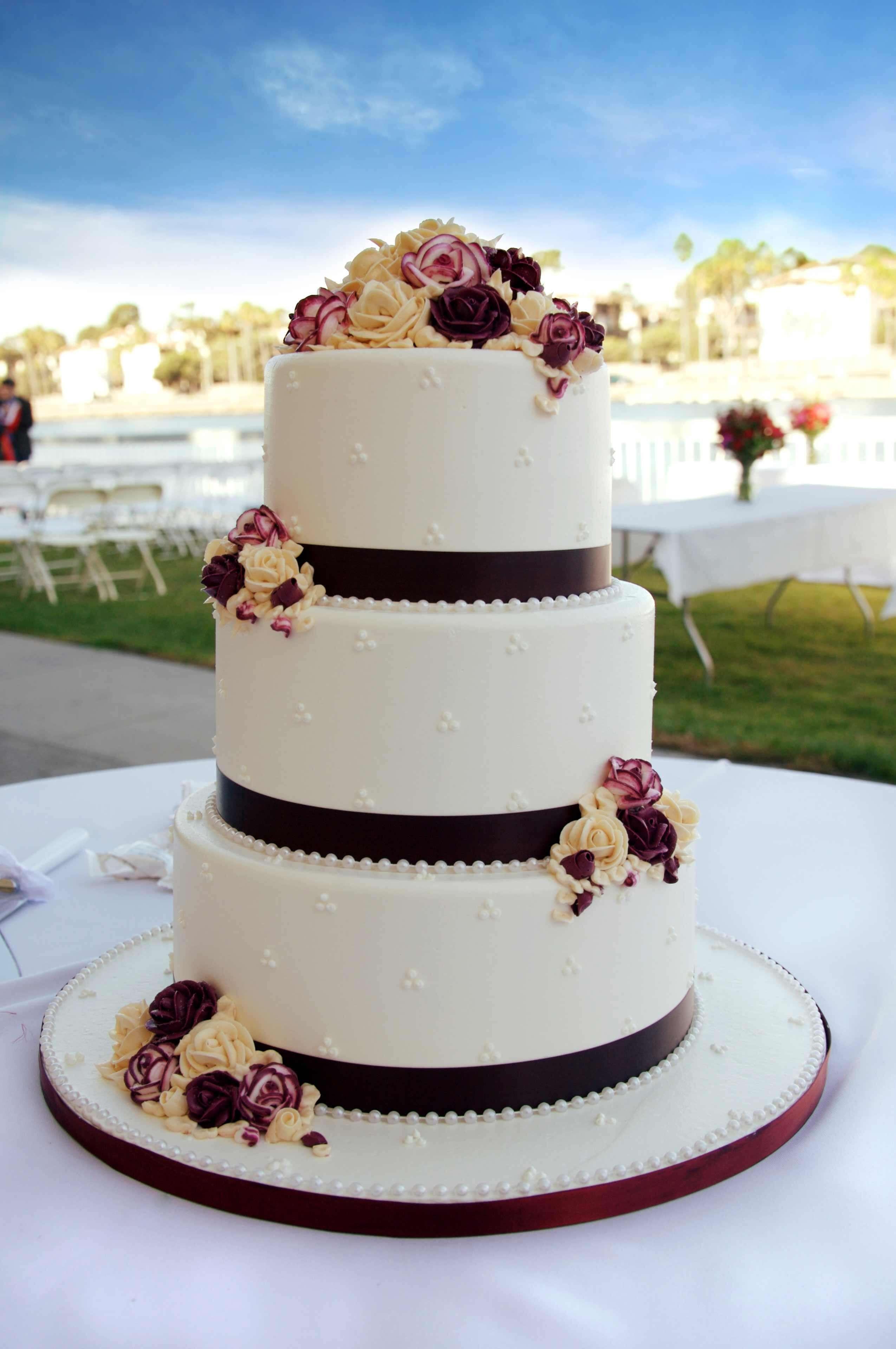 Marzipan Wedding Cakes  Hochzeitstorte Bildergalerie Hochzeitsportal24