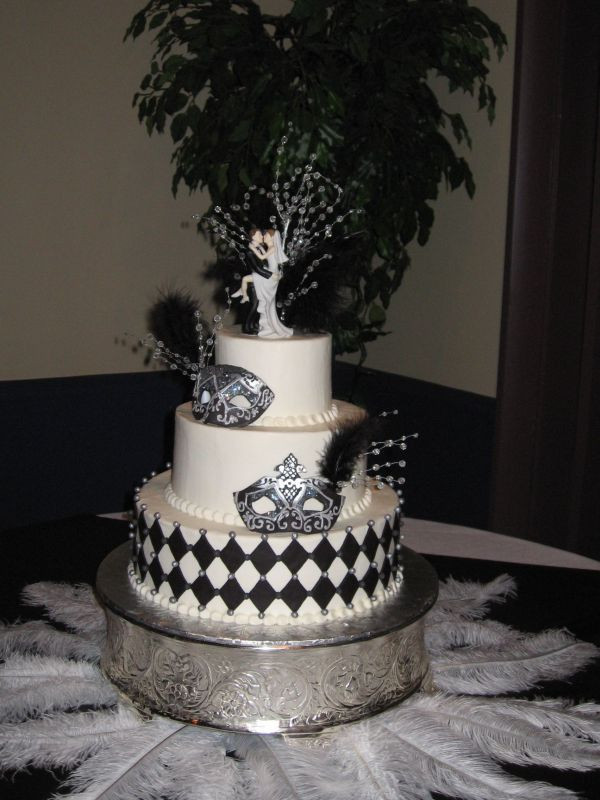 Masquerade Wedding Cakes  Masquerade Wedding to Celebrate Mardi Gras Boutique