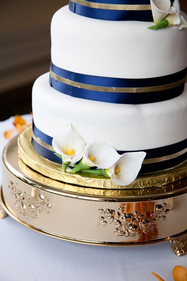 Meijer Wedding Cakes  1000 images about Cake Ideas on Pinterest