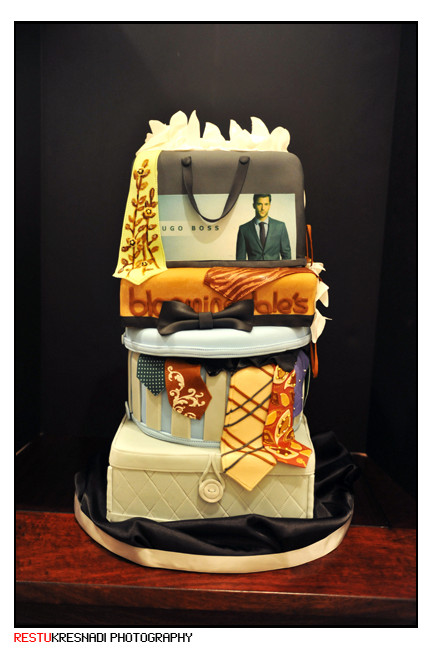 Men Wedding Cakes  Men's Tie Wedding Cake