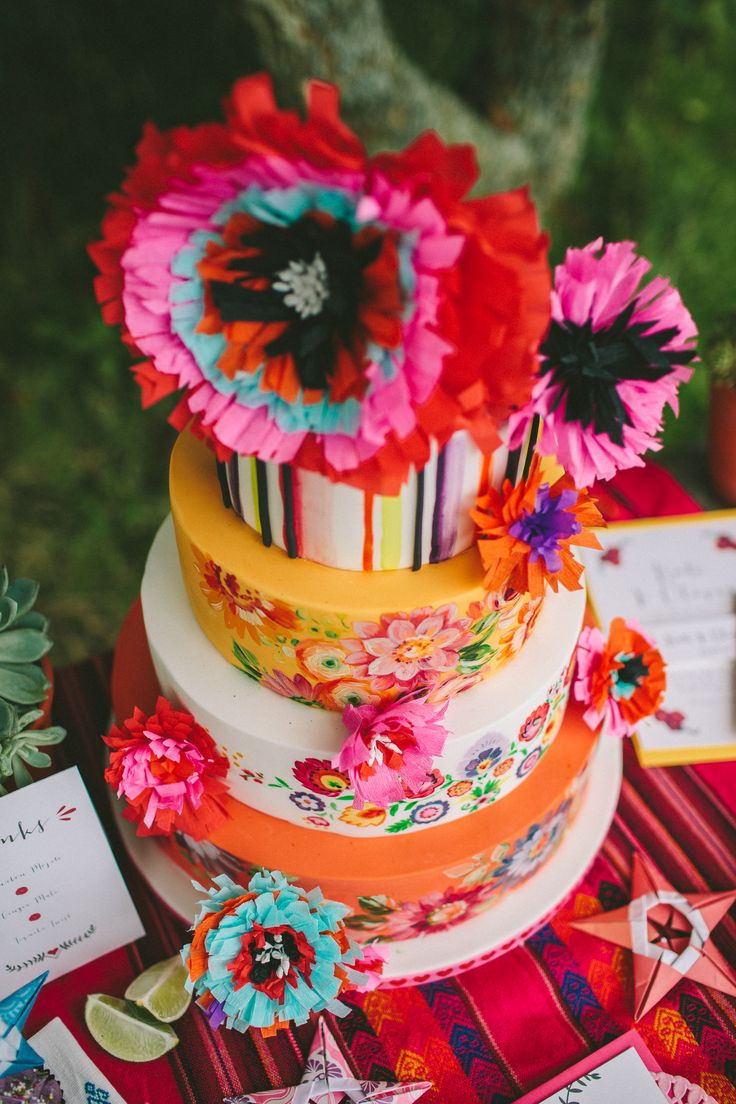 Mexican Wedding Cakes  Best Cakes From Engagement to Wedding Page 15 of 20