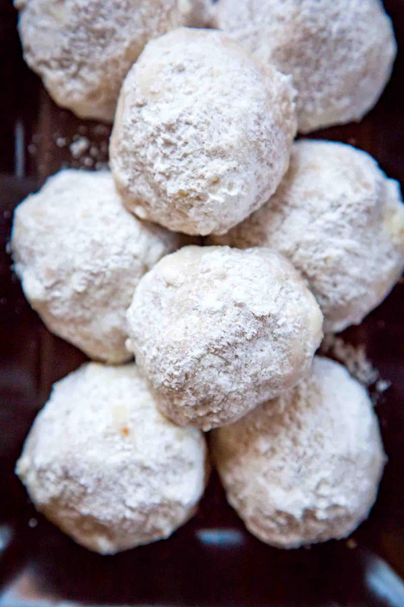 Mexican Wedding Cakes Cookie Recipe  Mexican Wedding Cookies Recipe