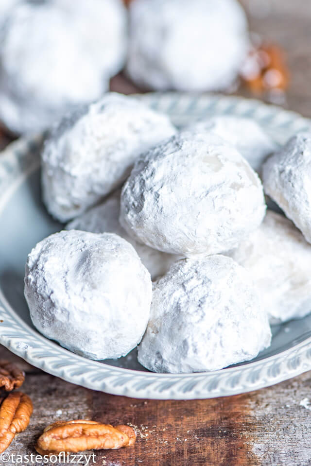 Mexican Wedding Cookie Recipes  Mexican Wedding Cookies Traditional Butterball Snowball