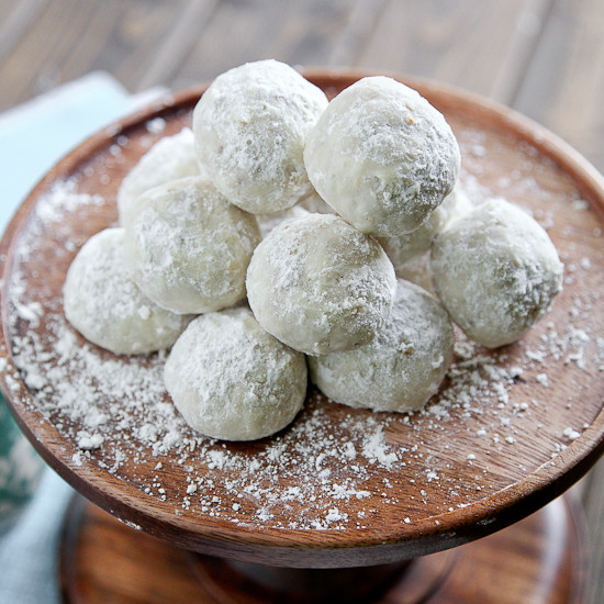 Mexican Wedding Cookies Recipe  Mexican Wedding Cookies & Engagment s Snixy Kitchen