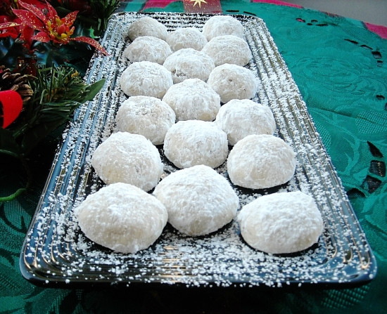 Mexican Wedding Cookies Recipes  Mexican Wedding Cookies Recipe Flour My Face