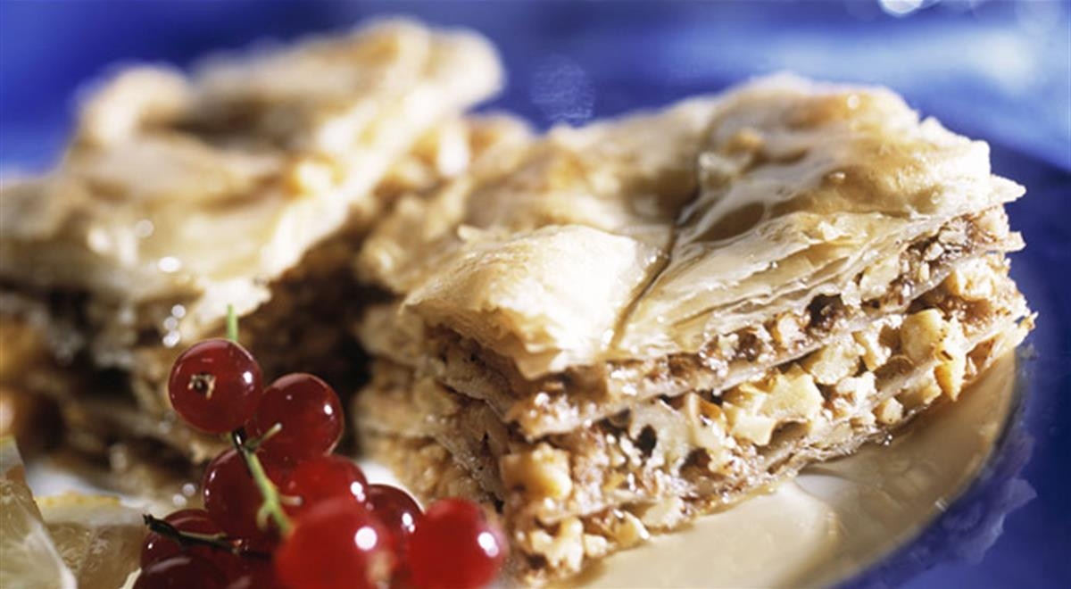 Middle Eastern Dessert Recipe  Baklava Recipe Middle Eastern Dessert Baklava With