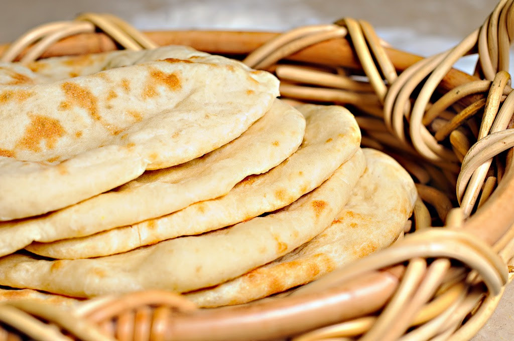 Middle Eastern Flat Bread Recipes  Centuries Old Asian Cooking Recipes Written For The