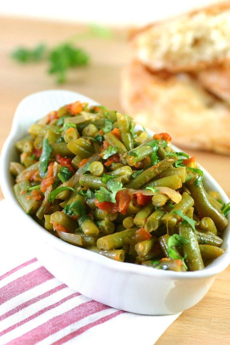 Middle Eastern Side Dishes  Stewed Green Beans Fasoolya bi Zayt