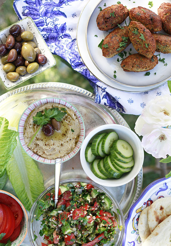 Middle Eastern Veggie Recipes  A Simple Middle Eastern Dinner with An Edible Mosaic