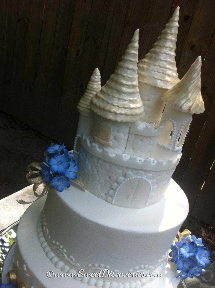 Midevil Wedding Cakes  Me val Wedding Cake