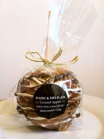 Mini Caramel Apples Wedding Favors  Daisy & Delilah s Gourmet Caramel Apples Favors & Gifts