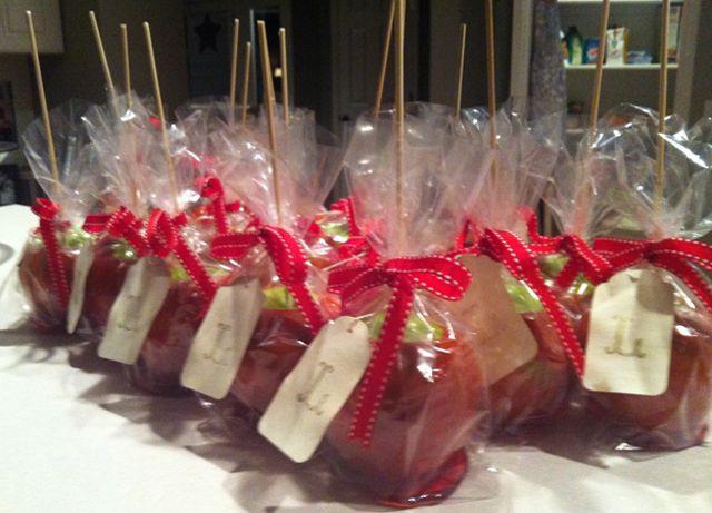 Mini Caramel Apples Wedding Favors  25 best ideas about Apple wedding favors on Pinterest