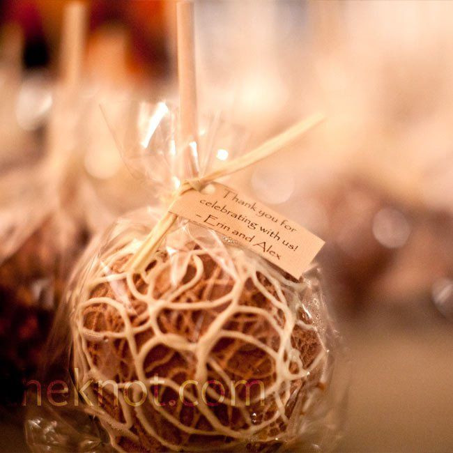 Mini Caramel Apples Wedding Favors  Candy Apple Favors