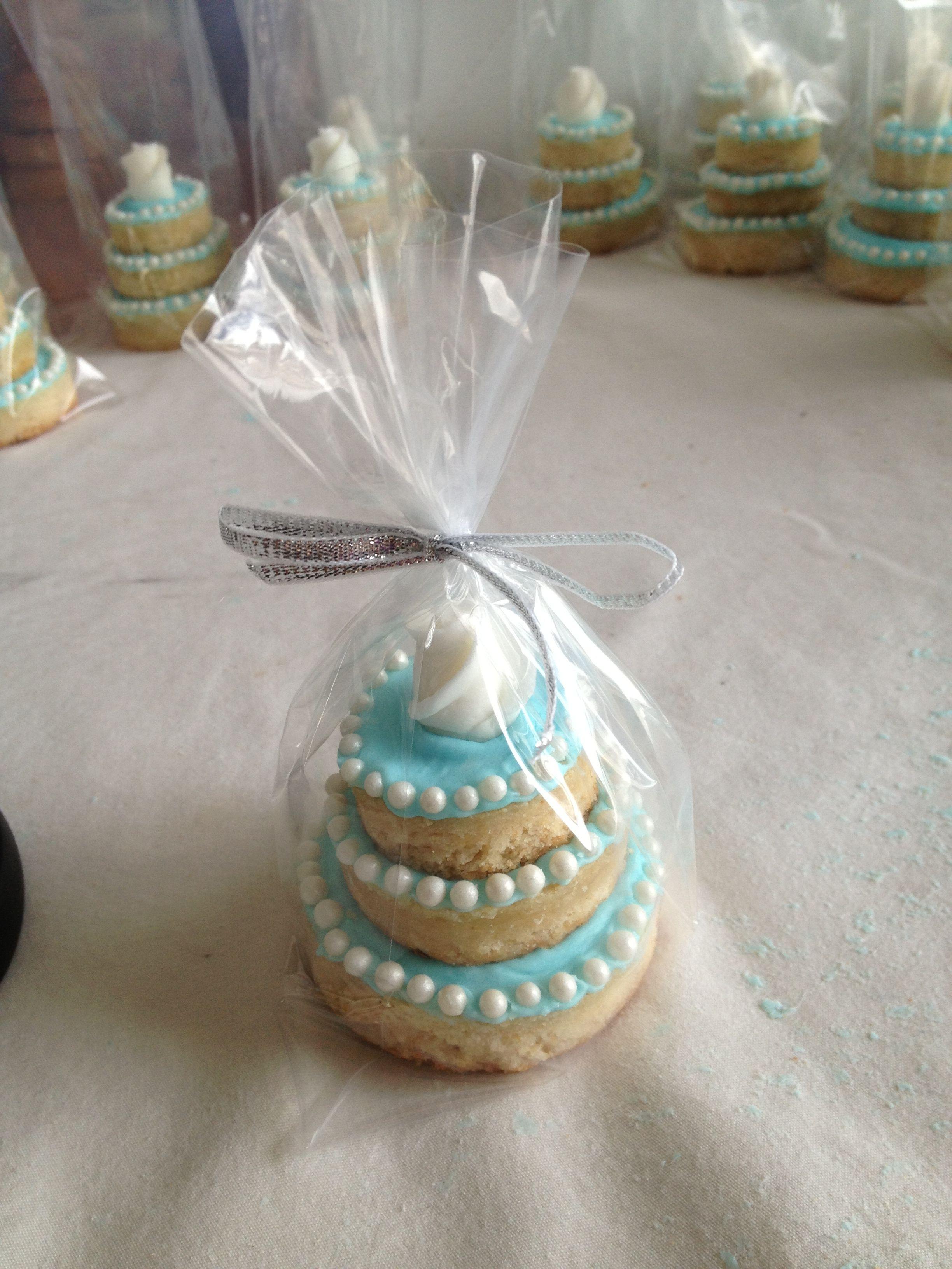 Mini King Cakes Wedding Favors  Mini Wedding Cake favors Mini wedding cakes