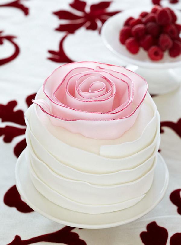 Mini Wedding Cakes  Mini Wedding Cakes Bitsy Bride