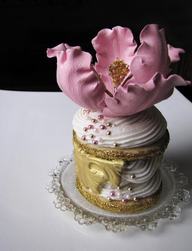 Miniature Wedding Cakes  Wedding Trends Mini Cakes