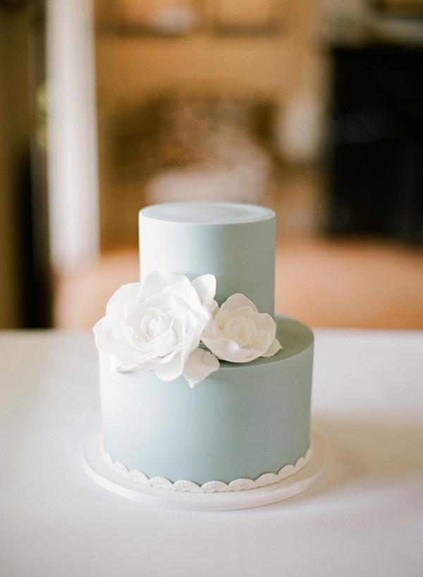 Miniature Wedding Cakes  21 Cutest Mini Wedding Cakes Ever MODwedding