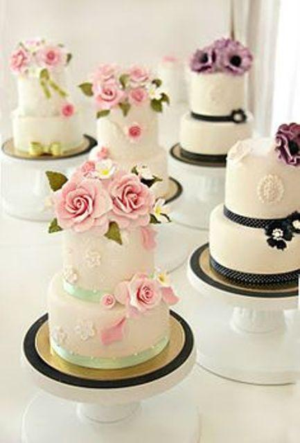 Miniature Wedding Cakes  20 Wedding Cake Ideas For A Special Reception