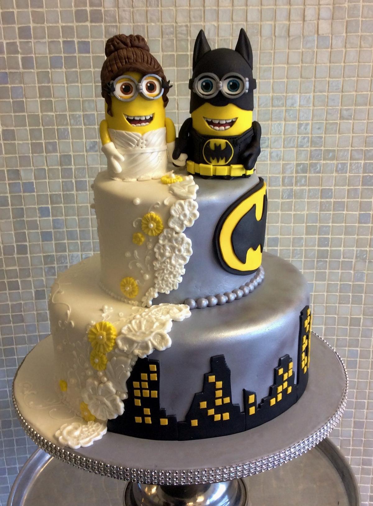 Minion Wedding Cakes  Bolo de casamento nerd criativo para te inspirar Parte 2