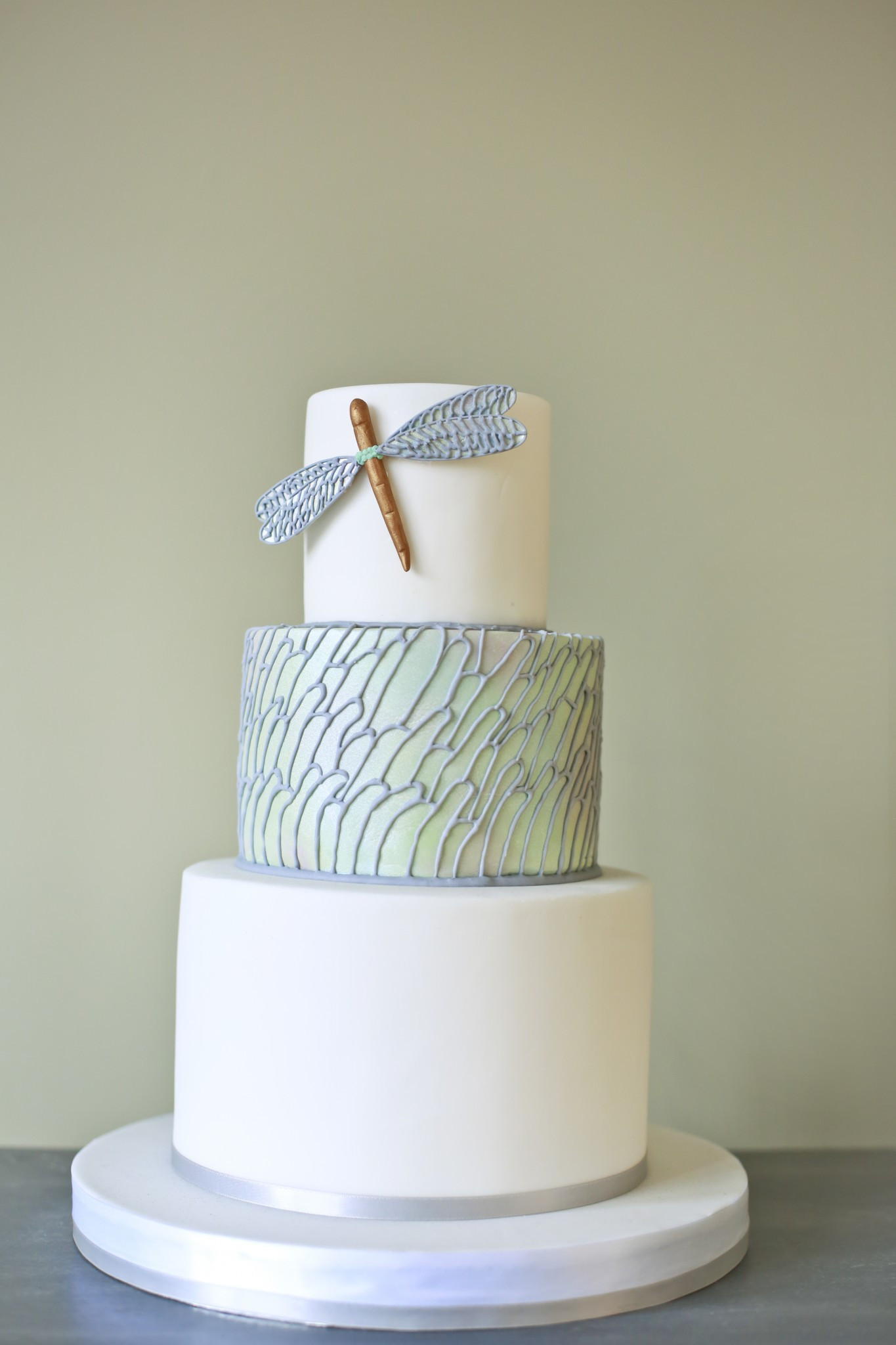 Modern Wedding Cakes  Modern Wedding Cake