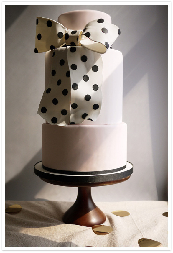 Modern Wedding Cakes  Modern wedding cakes Wedding Inspiration
