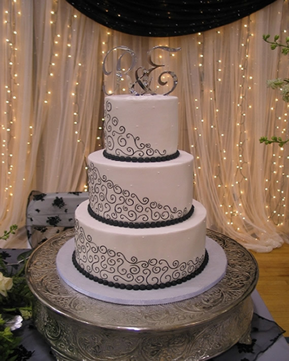 Most Beautiful Wedding Cakes In The World  Most Beautiful Wedding Cakes World s Most Stunning and