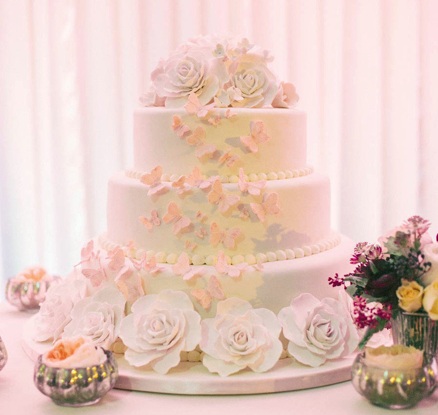 Most Beautiful Wedding Cakes In The World  most beautiful wedding cakes