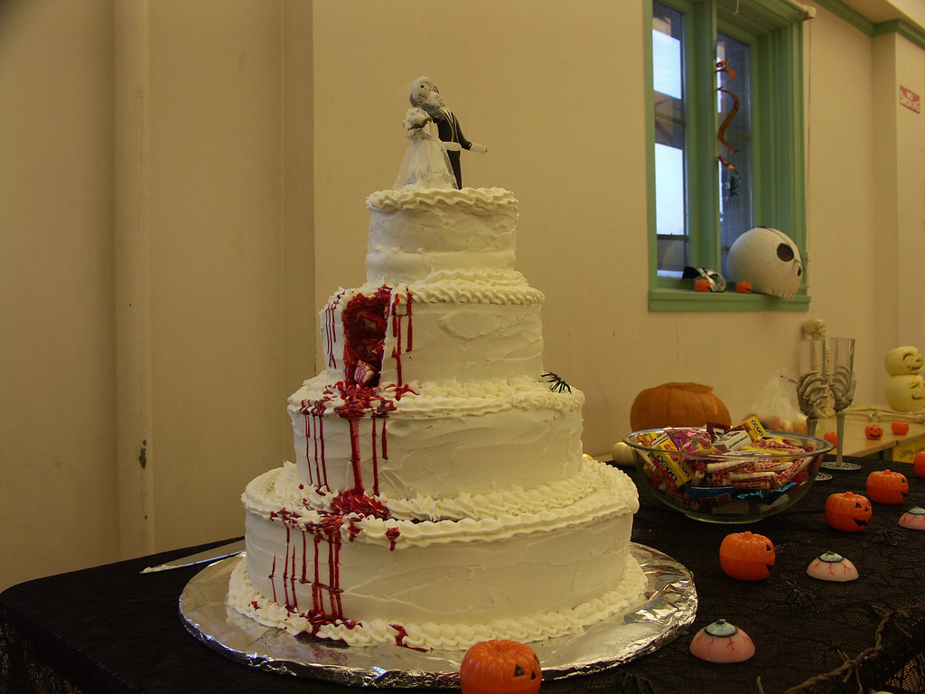 Most Beautiful Wedding Cakes In The World  The most beautiful Wedding cake ever Fake d375 day 69 3 1