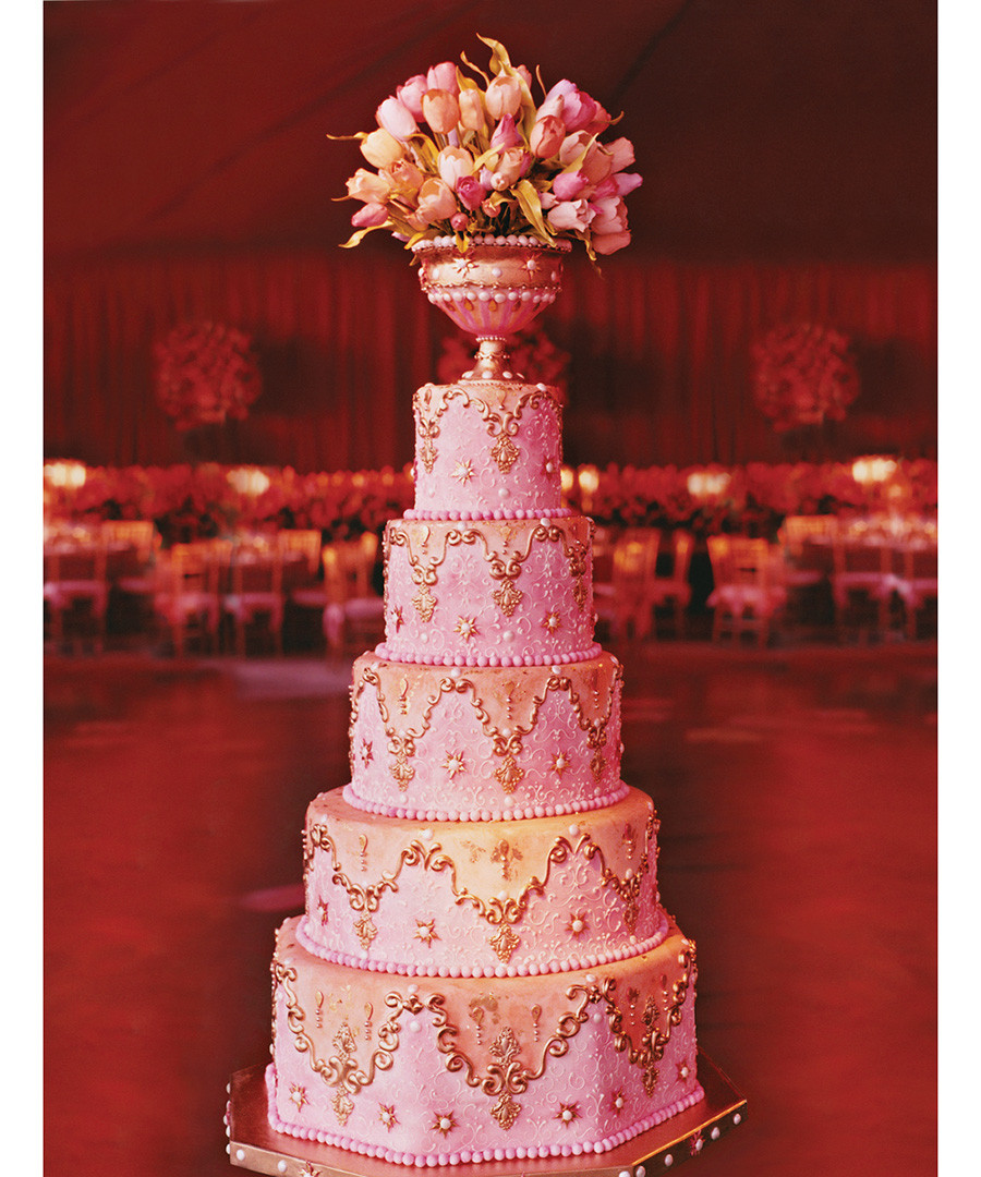 Most Expensive Wedding Cakes  The Most Elaborate Wedding Cakes Ever