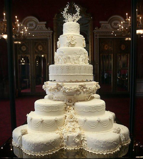 Most Extravagant Wedding Cakes  Vanilla Cakes