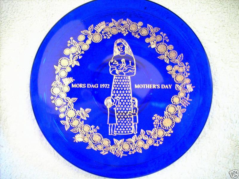 Mother'S Day Dessert  ORREFORS COBALT BLUE MOTHER S DAY PLATE 1972