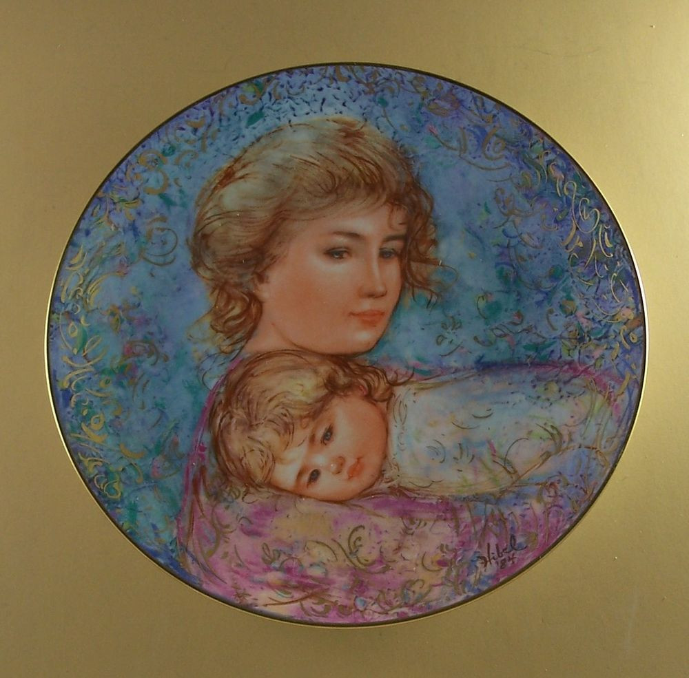 Mother'S Day Dinners  Edna Hibel Mother s Day Plate for 1984 ABBY AND LISA COA