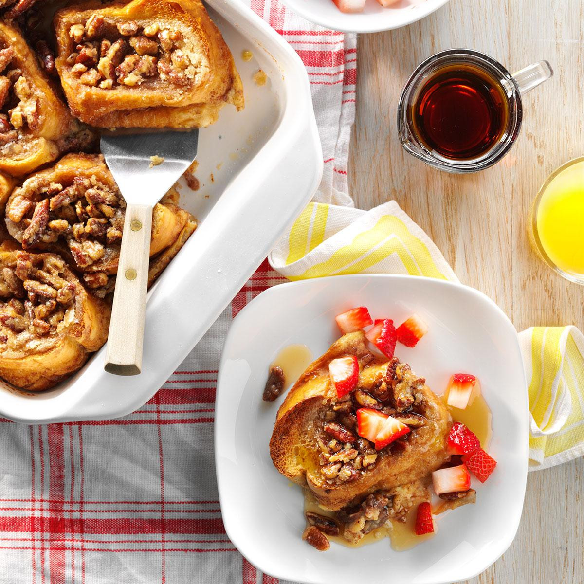 Mother'S Day Dinners To Make  Baked French Toast with Strawberries Recipe