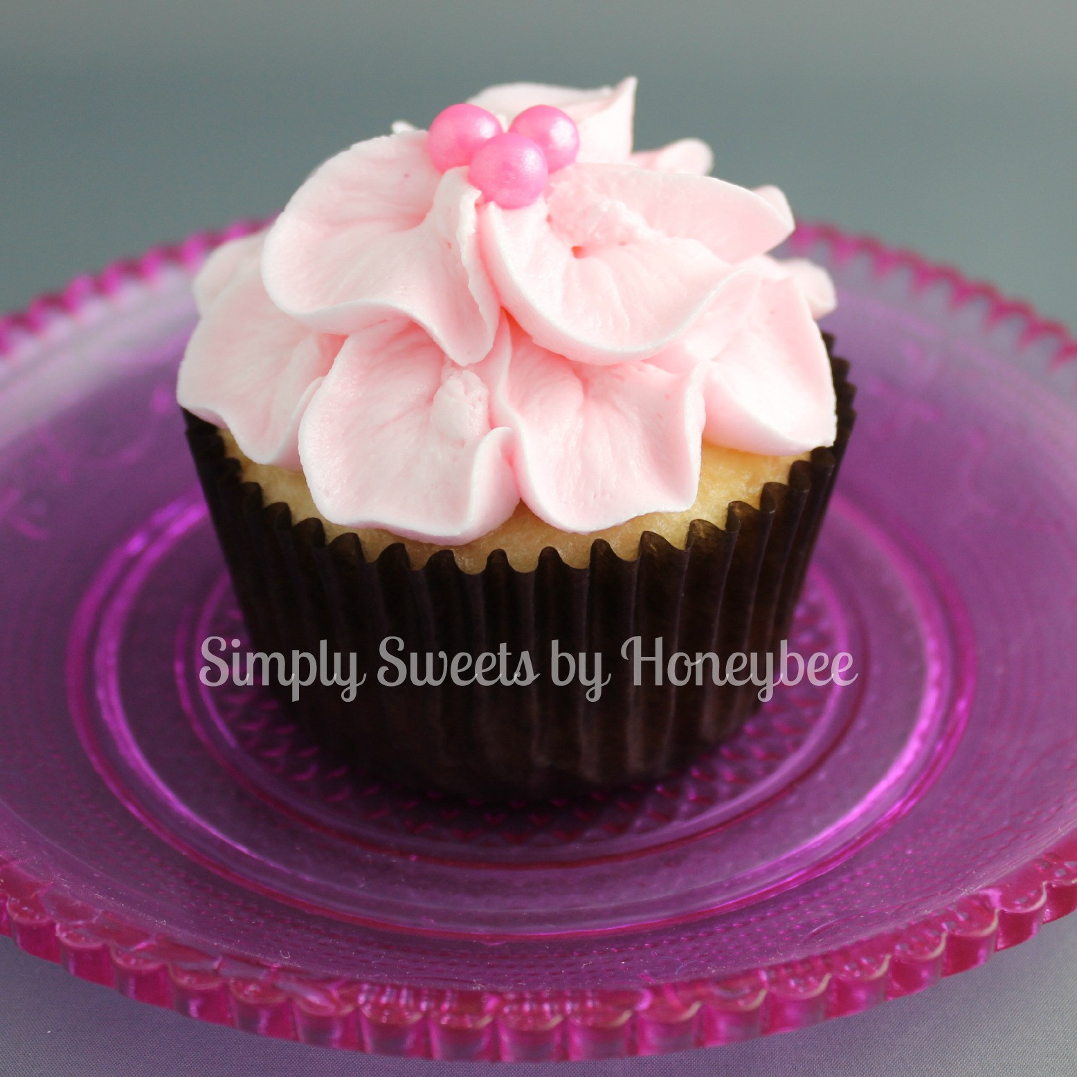 Mothers Day Cupcakes  Mother s Day Cupcakes Video Tutorial