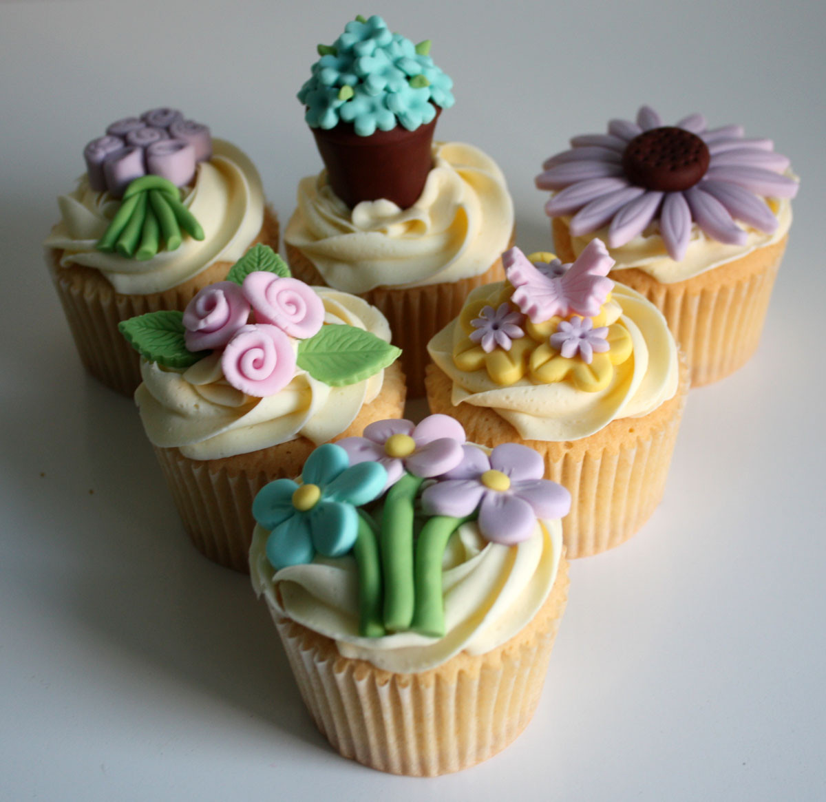 Mothers Day Cupcakes  Mother s Day 2014 Heaven is a Cupcake St Albans