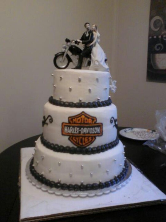 Motorcycle Wedding Cakes  17 Best images about Harley wedding cakes on Pinterest