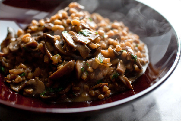 Mushroom Main Dish Recipes Healthy  MUSHROOM Farro With Mushrooms