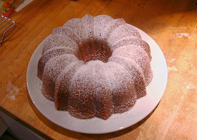 My Big Fat Greek Wedding Bundt Cake  Bundt Cake With Hole