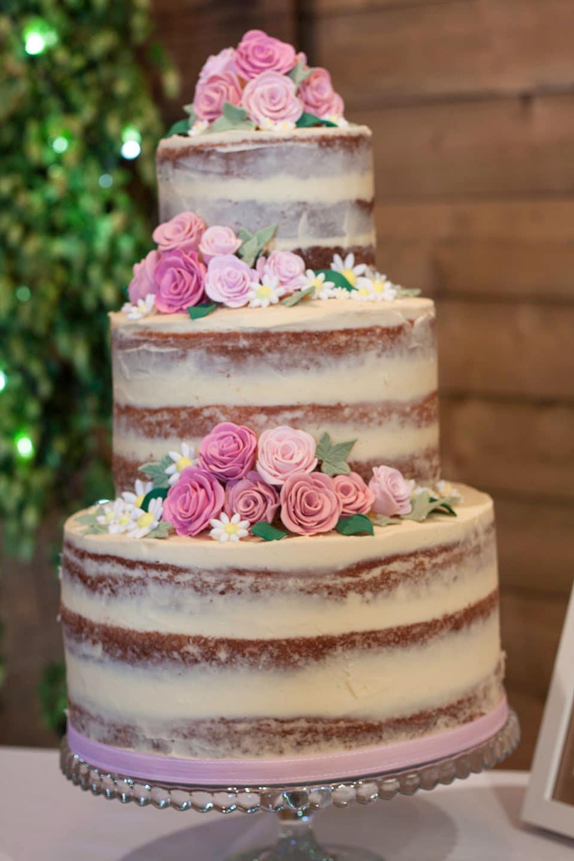 Naked Wedding Cakes  How to make a semi wedding cake