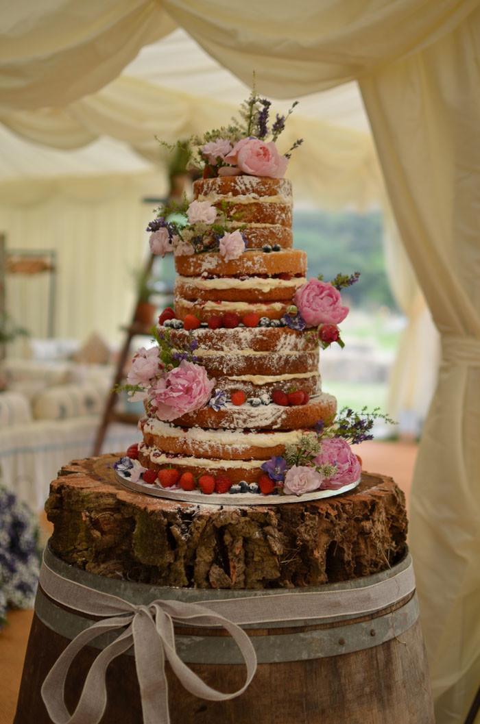 Naked Wedding Cakes  10 truly scrumptious wedding cakes
