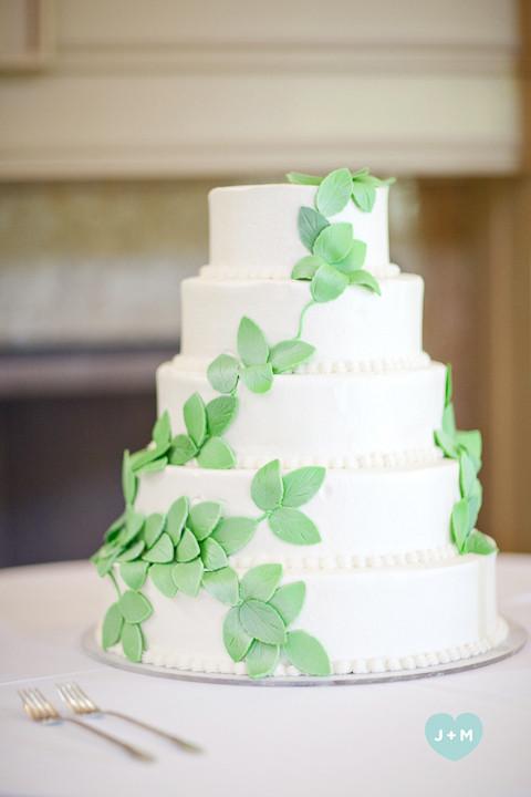 Nature Themed Wedding Cakes  Meeks nature themed wedding cake