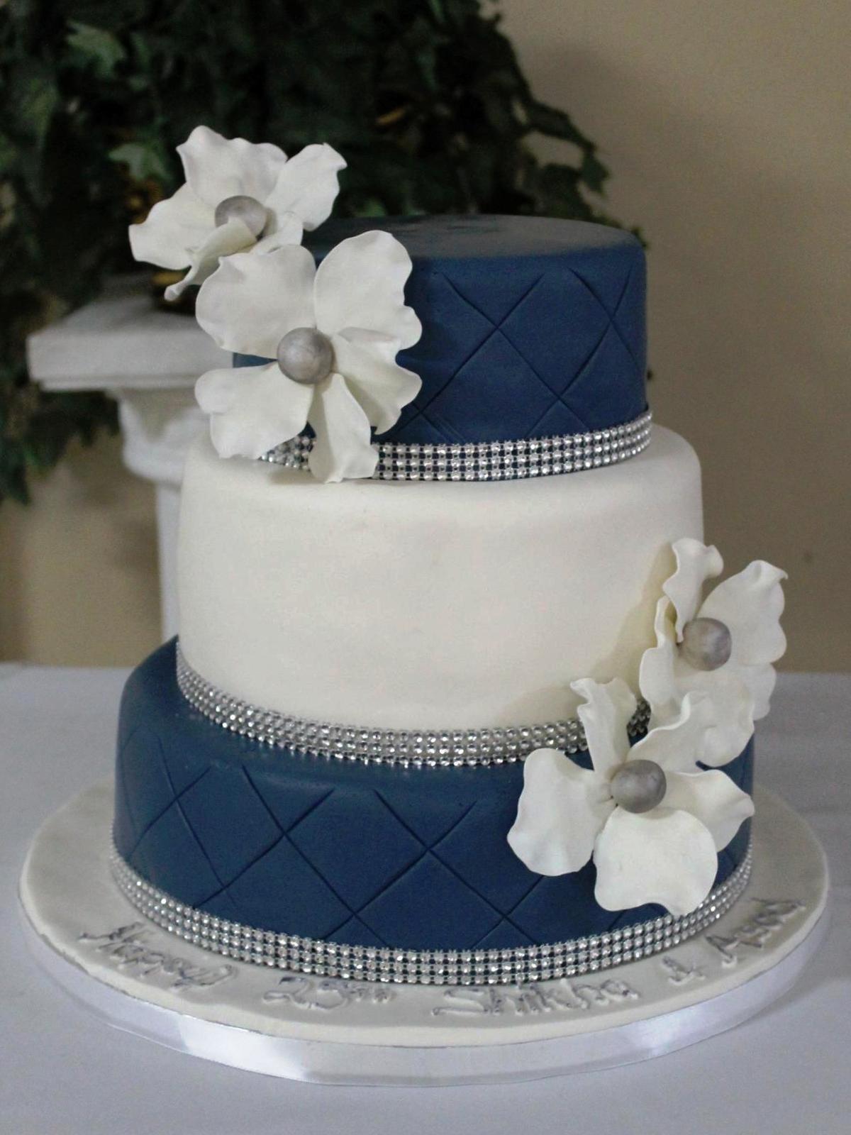 Navy Blue And White Wedding Cake  Wedding Cake Diary of a Cakeaholic
