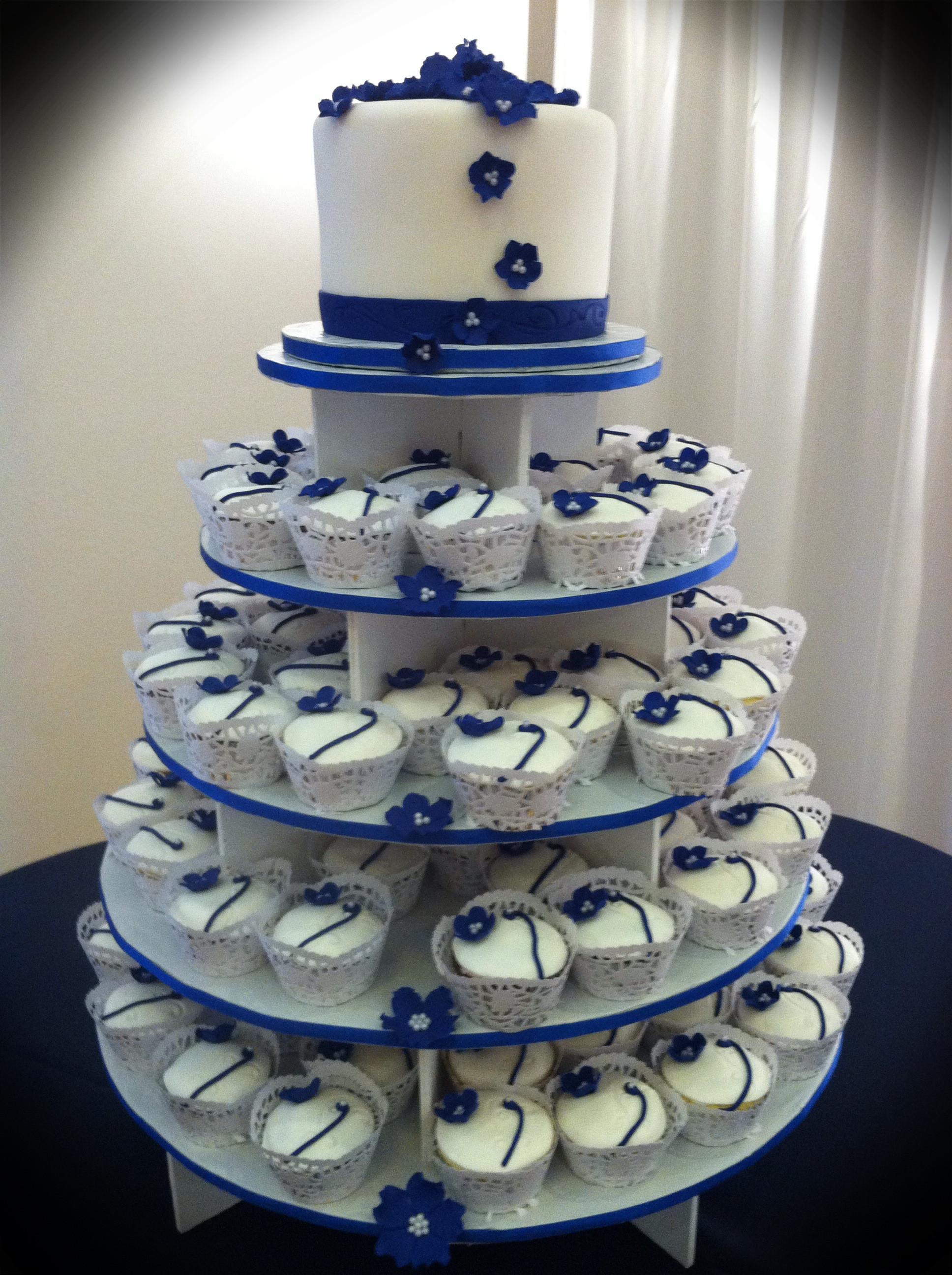 Navy Blue And White Wedding Cake  White Wedding Cake Cupcakes